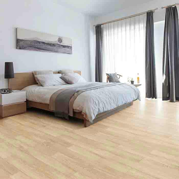 世友多层实木复合地板 浅色家用防水耐磨地暖地热15mm多层木地板