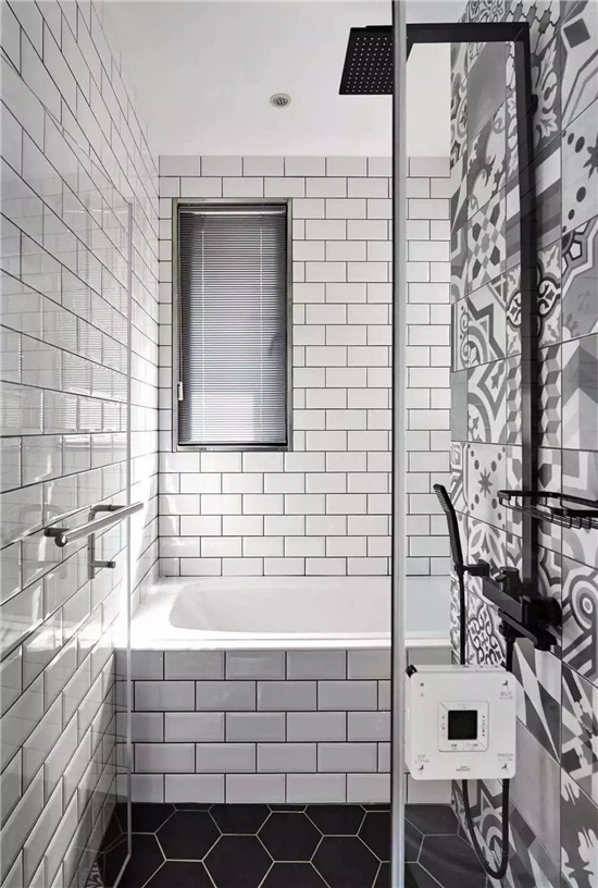 原来卫生间的瓷砖可以铺的这么美